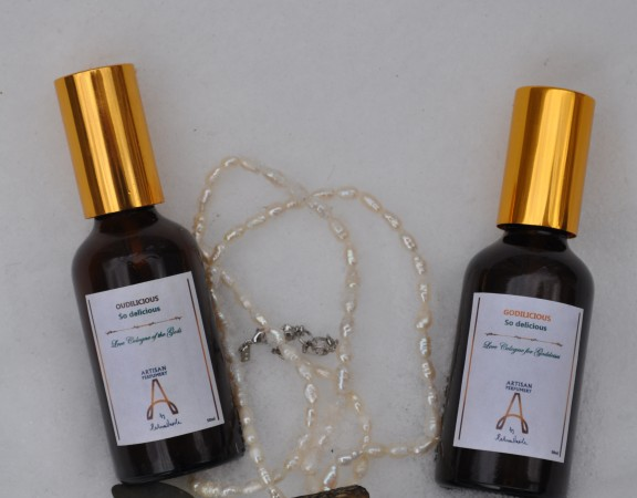 Raluca Vasile Parfumier Your Personal Aroma Personalised Lifestyle